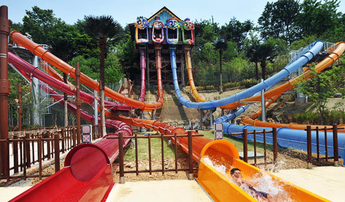 Caribbean Bay Water Park Discount Ticket