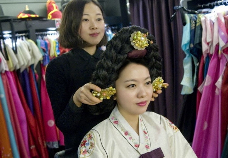 Korean Hanbok Experience In Seoul At Goguan Studio Professional