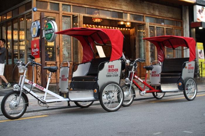 Seoul Hongdae Pedicab (Rickshaw) Ride Tour