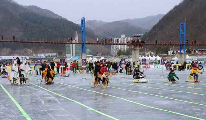 2018 Hwacheon Sancheoneo Ice Festival: Shuttle Bus Package (Jan 6~28)