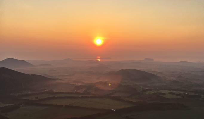 Hot Air Balloon Sunrise Tour in Jeju Island
