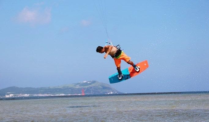 Kiteboarding (Kitesurfing) in Jeju