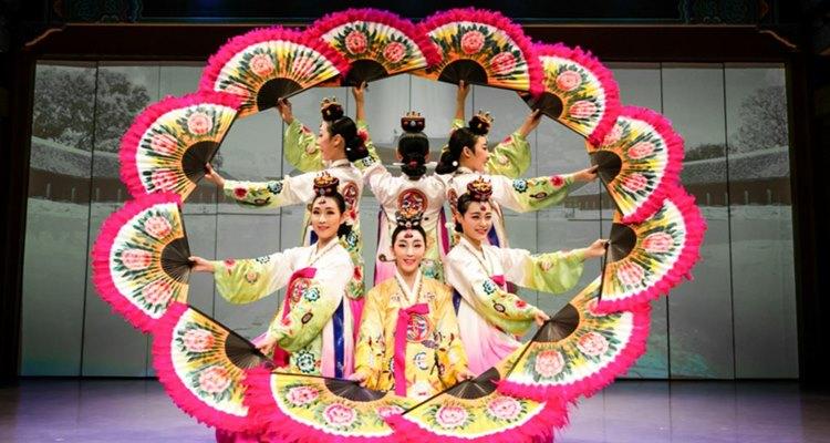 Korea House Traditional Korean Cuisine (+ Traditional Arts Show Option)