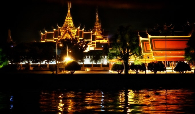 Bangkok Night Tour: The City That Never Sleeps