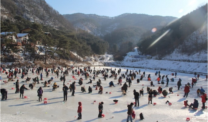 Half Day Mt. Seoraksan/Ice Fishing Tour (from Yongpyong Ski Resort)