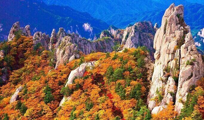 Seoraksan National Park Hiking Tour