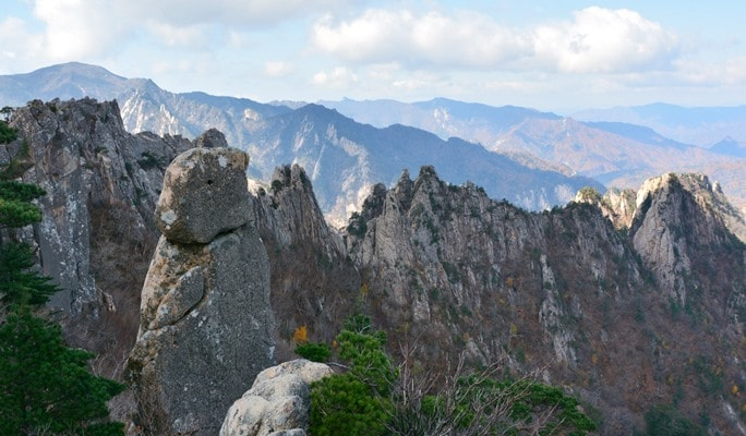 Seoraksan National Park Hiking Tour